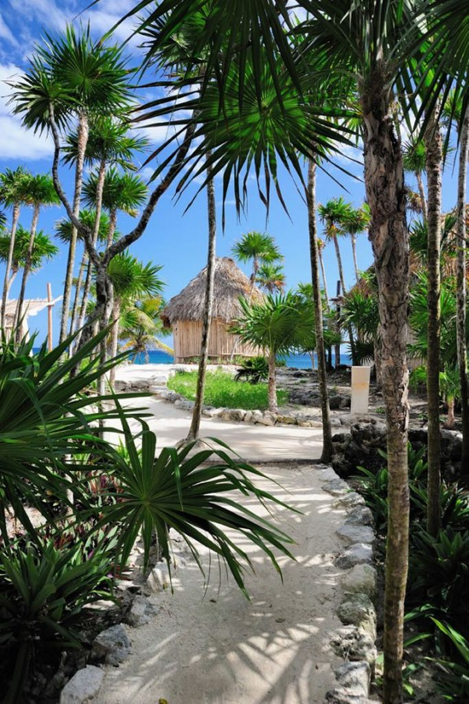 Tulum luxury resorts and one of the best oceanfront vacations in Mexico