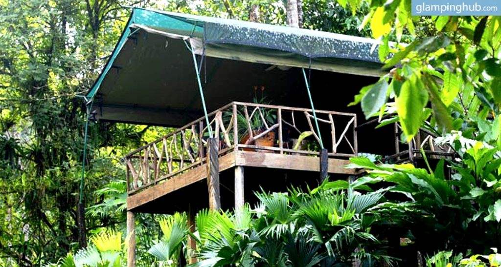 Exterior view of Puntarenas safari tents and vacation rentals perfect for glamping, Costa Rica