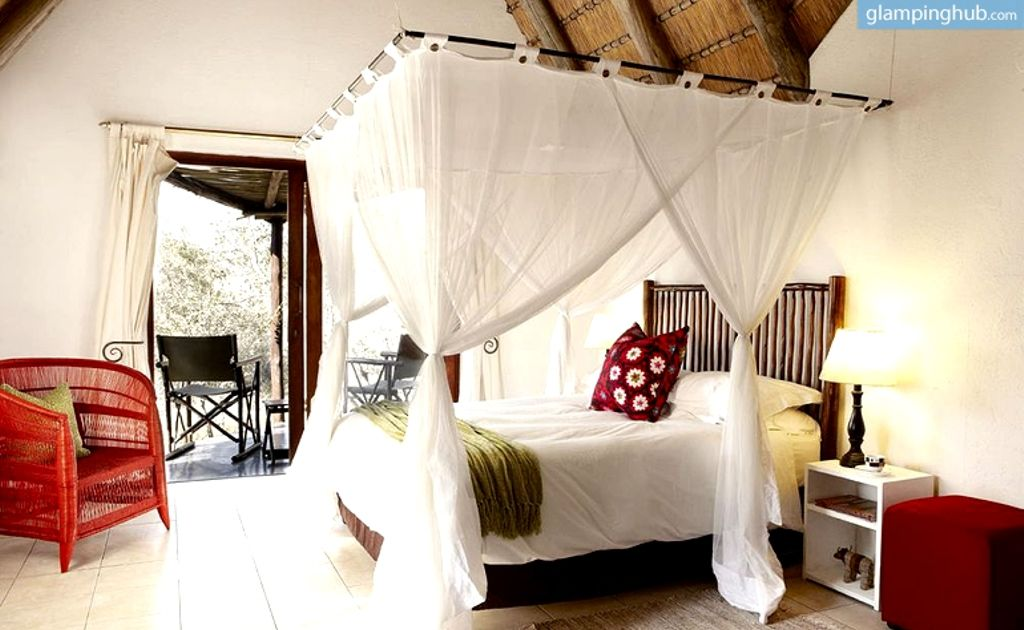Unique Glamping Sites for Honeymoon Heaven