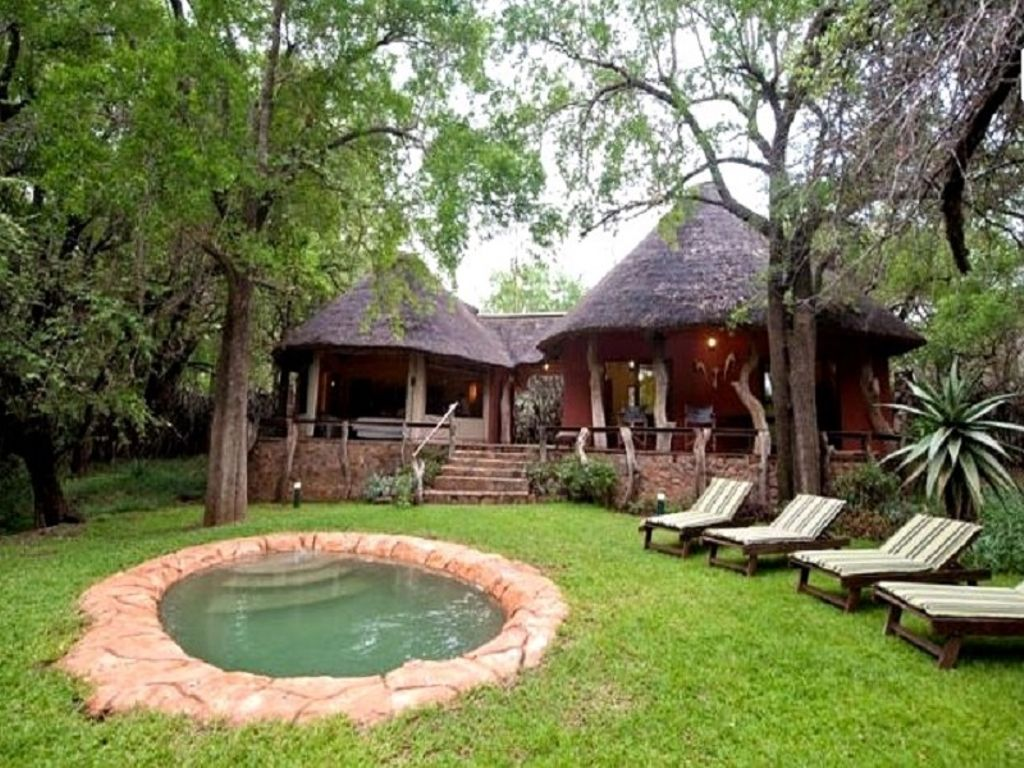 unique ways to spend new years eve in south africa treehouses