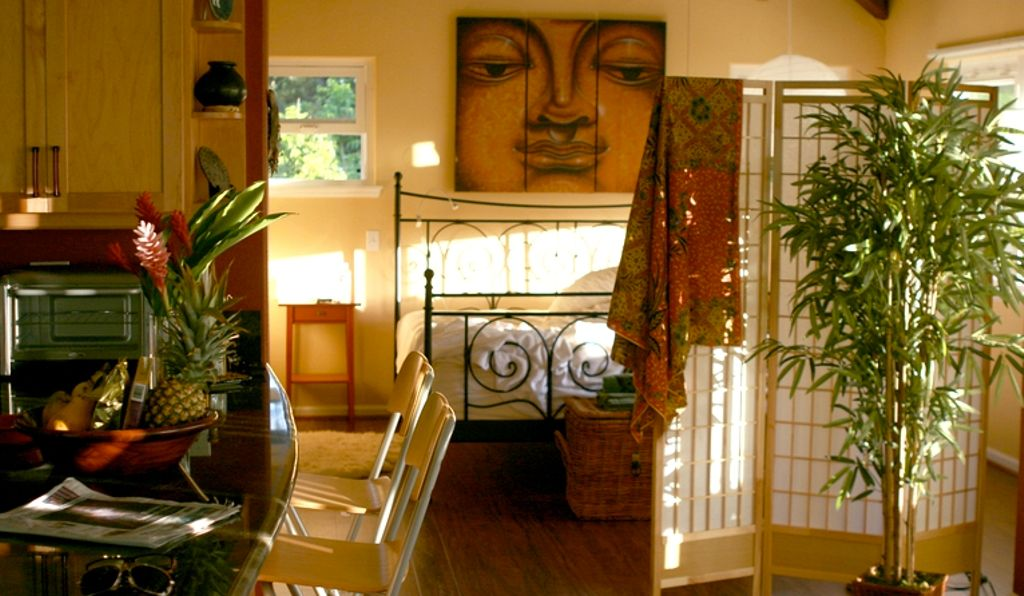 Interior of eco friendly Hawaii rentals and the perfect option for where to stay in Oahu