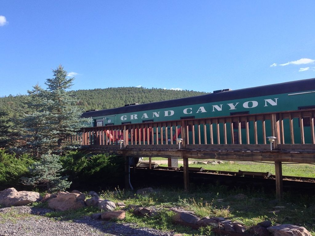 converted rail car suites and Northern Arizona cabin rentals