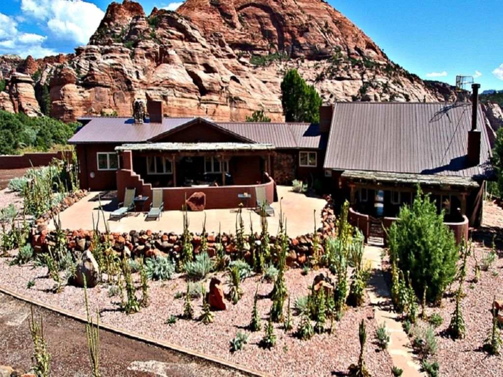 rental for the best glamping in Utah and a Grand Canyon and Zion trip