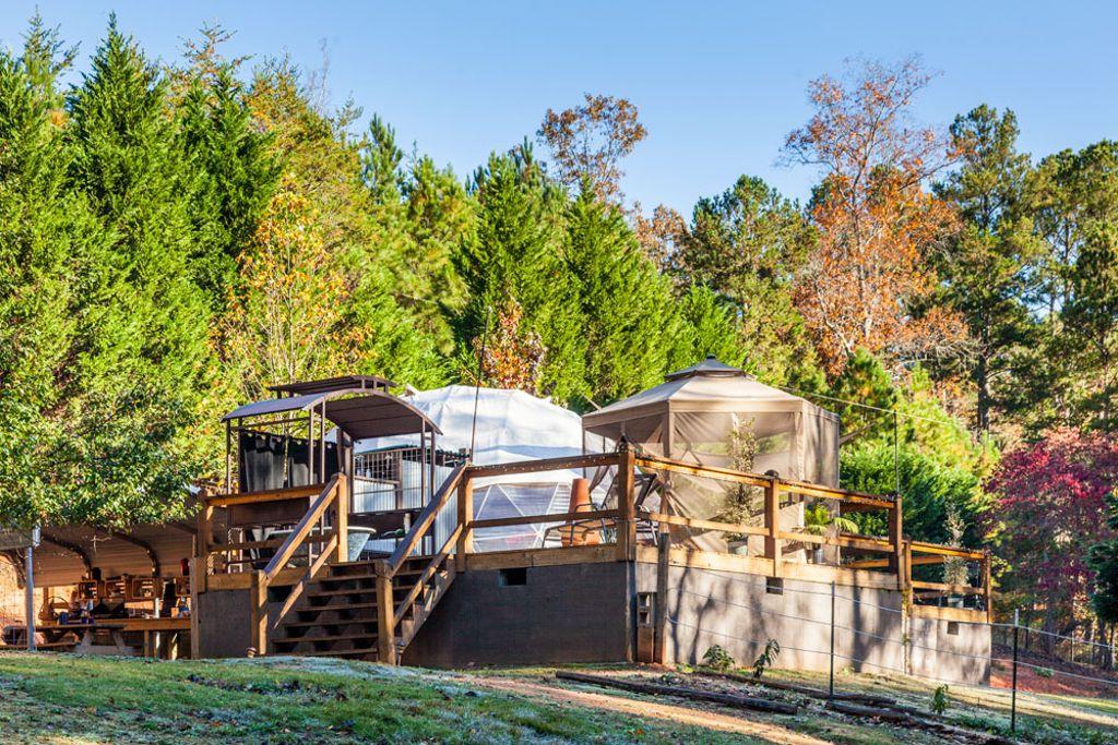 Example of one of the best Georgia dome rentals near the top sights in Blue Ridge Mountains