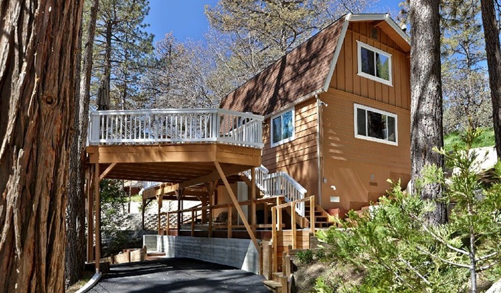 cabin rental California has to offer for summer grilling and the ultimate summer soiree