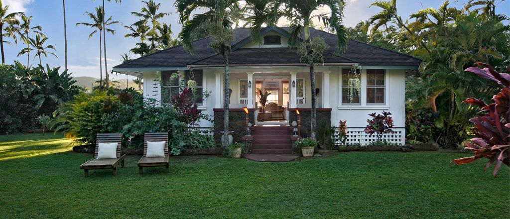 one of the most amazing places to stay in Hawaii: luxury Kauai rentals