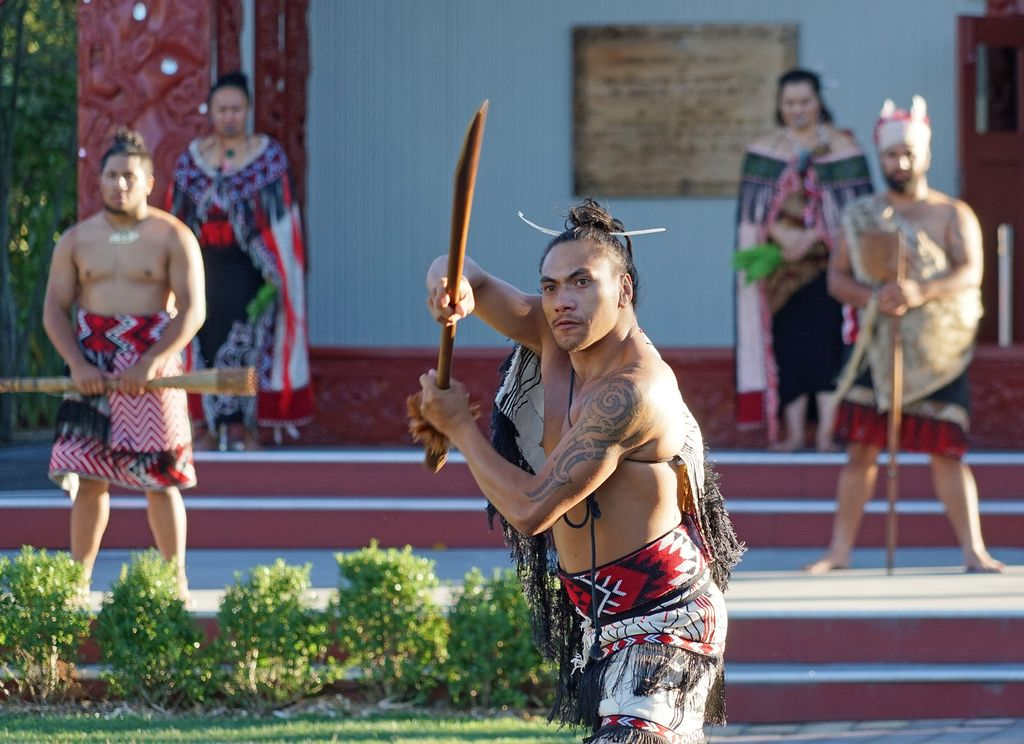 Māori traditions in full, part of the kiwi heritage as part of New Zealand travel guide