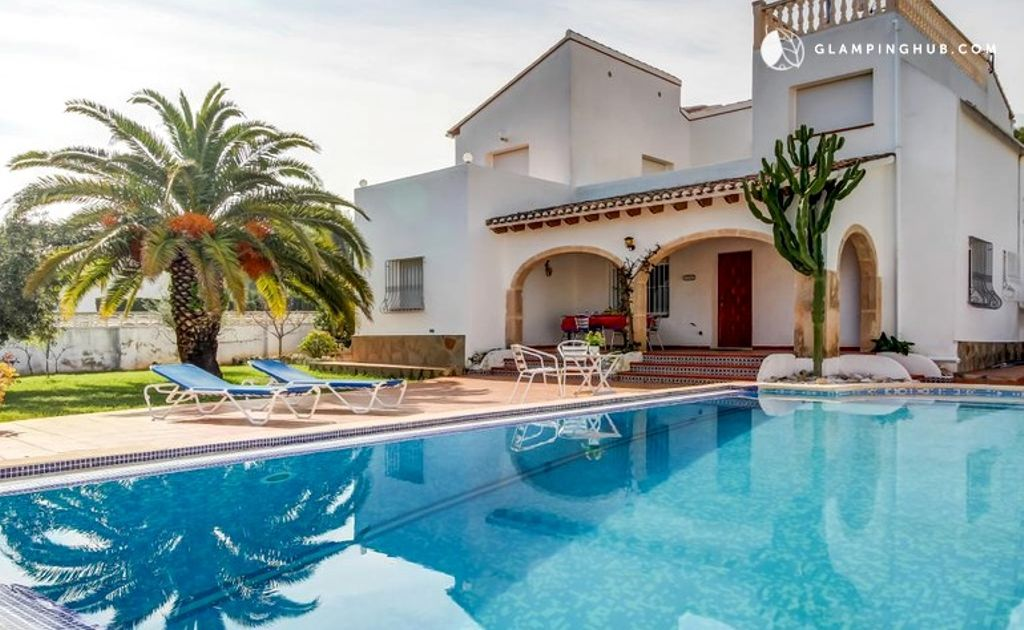 One of the best costa blanca villas near Valencia with pool and luxury camping facilities
