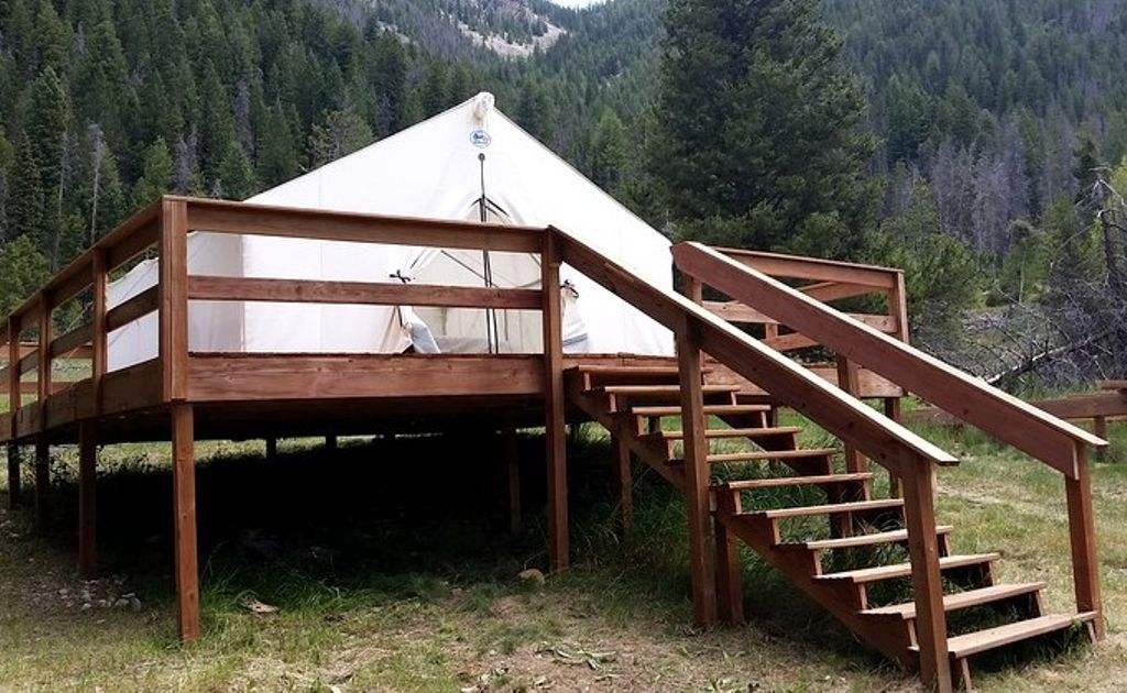 glamping tent CO and perfect place for a true story of Valentine's Day