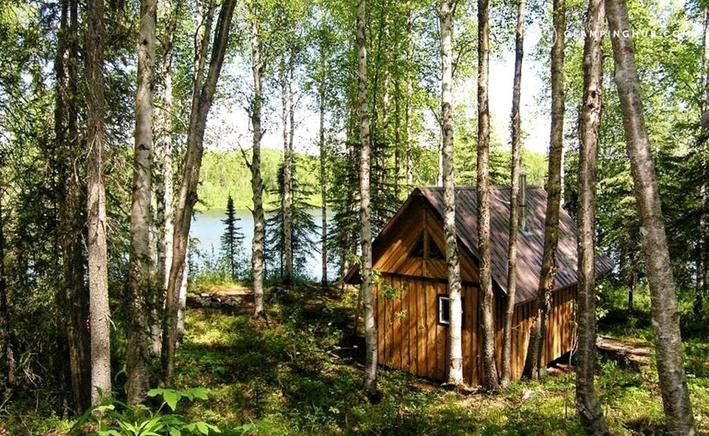 This is a photo of a tiny house near Denali National Park in Alaska.