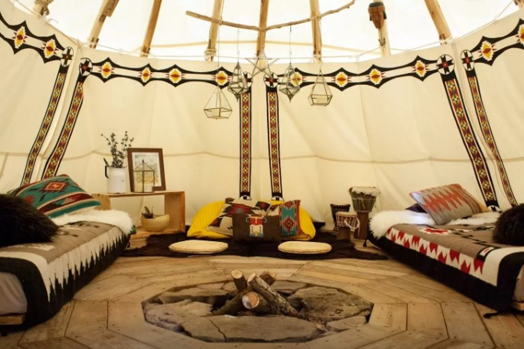 authentic NY yurt rental perfect for travel from NYC to Catskills and summer vacations from NYC
