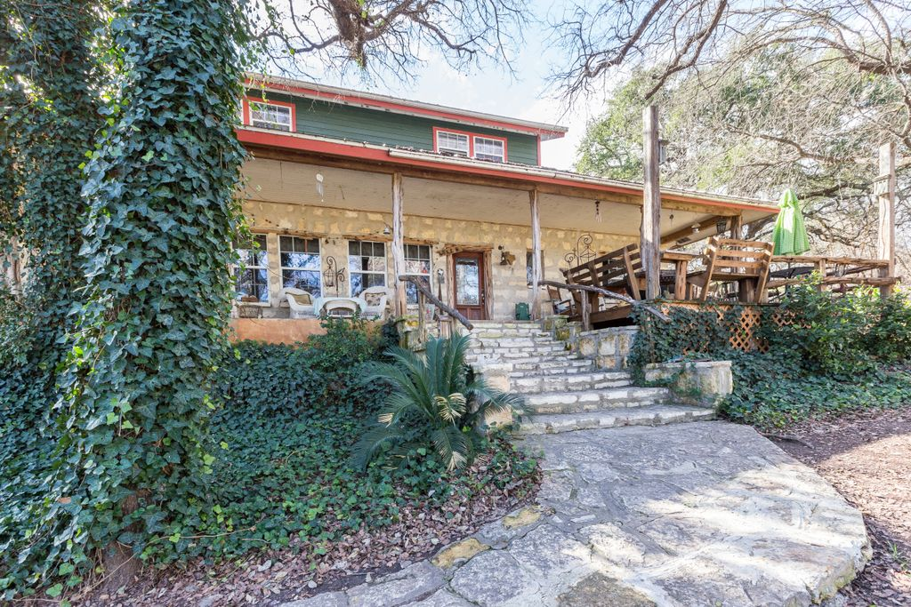 one of the best texas hill country cabin rentals for family weekend getaways in texas