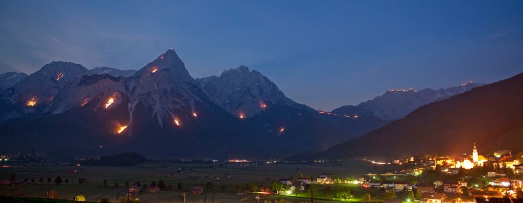 one of the top austria events 2020 will offer in Tyrol: the mountain fires