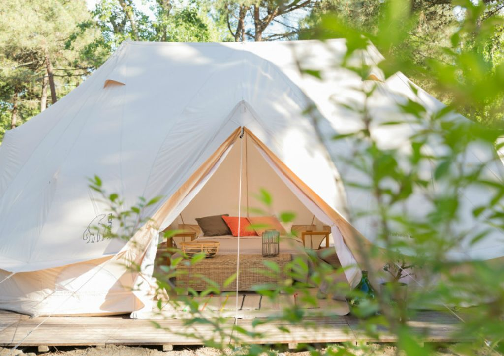 unique Venice bell tent perfect for gourmet glamping trips in Italy