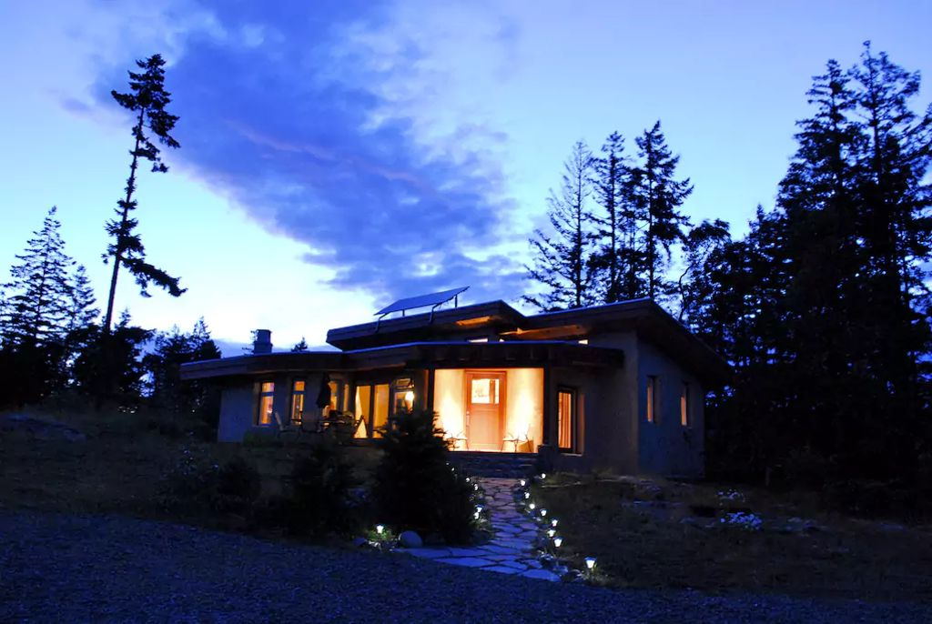 A cabin rental on Vancouver Island, British Columbia.