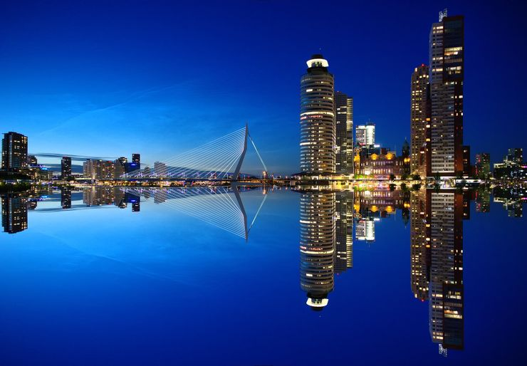 where to go in Holland: visiting rotterdam and a picture of the city