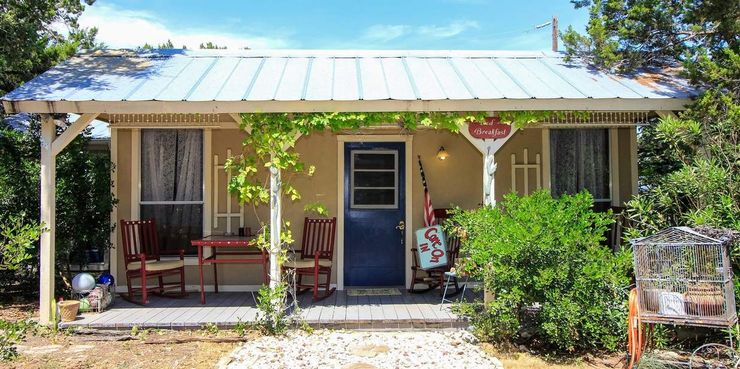one of the top texas cottages for affordable family vacations